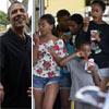 Obama, de nuevo con su familia en Honolulu, tras tener que volver a la Casa Blanca por trabajo