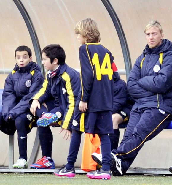 Tras ser padre, Guti regresa al fútbol como entrenador de su hijo mayor