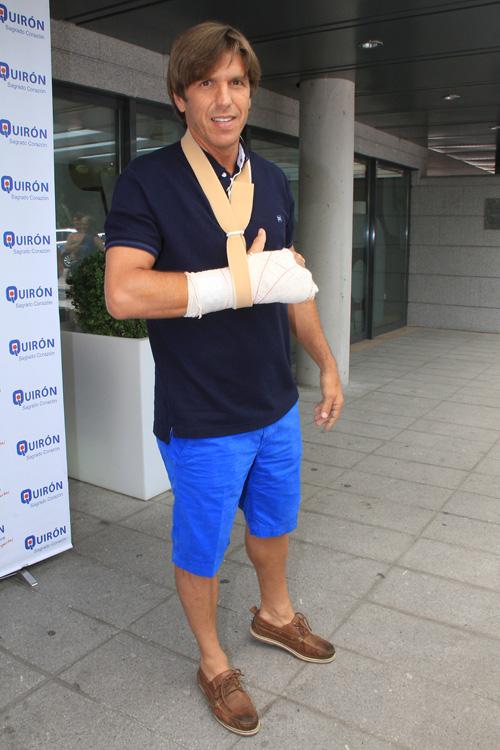 'El Cordobés' recibe el alta tras ser operado de la fractura de un dedo aunque cancela sus festejos de julio