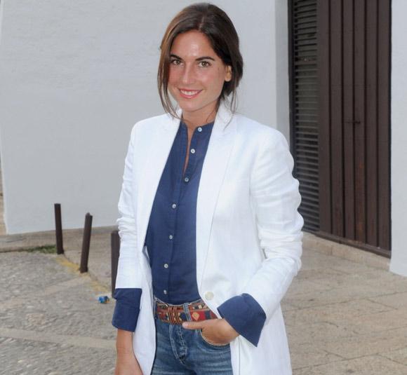 Lourdes Montes acude a probarse el vestido por última vez antes de su boda con Francisco Rivera