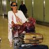 Isabel Pantoja aterriza en España procedente de México en completo silencio y cargada de equipaje