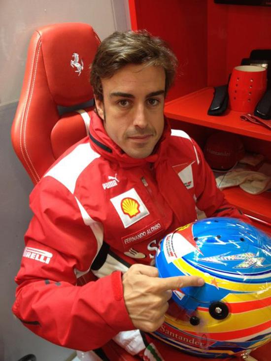 Fernando Alonso, a 10.500 kilómetros de España, recuerda a María de Villota: 'Nos deja una luchadora de enorme sonrisa'