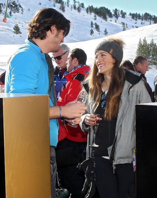 Luis Medina, feliz junto a su novia Alejandra Pérez-Pla