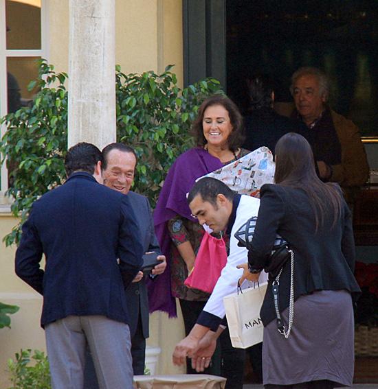 La duquesa de Alba y Alfonso Diez celebran el 80 cumpleaños de Curro Romero