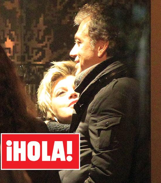 En ¡HOLA!: Terelu Campos y su exnovio, Carlos Pombo, cariñoso reencuentro en Madrid