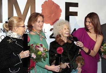La duquesa de Alba, premiada por tener 'Flamenco en la Piel'