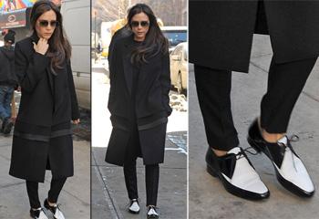¿Existen los zapatos planos en el fondo de armario de Victoria Beckham? Sorprendentemente, sí