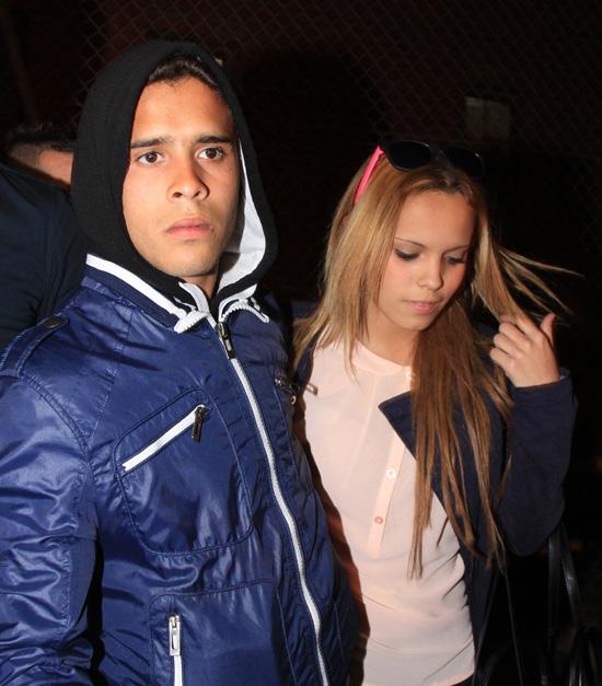 José Fernando, hijo de Ortega Cano, sale de prisión del brazo de su hermana Gloria