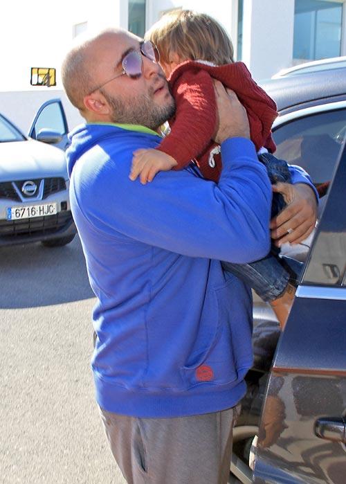 Kiko Rivera pasa unos días en familia con su hijo y su sobrino