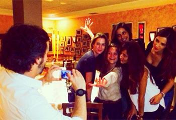 Sara Carbonero disfruta de una 'noche genial' con Amelia Bono, Isabel Jiménez y Patricia Pérez