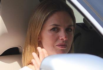 La Duquesa de Alba recibe en Dueñas a su hijo Cayetano Martínez de Irujo y a su exnuera, Genoveva Casanova