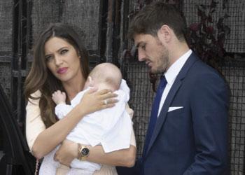 Iker Casillas y Sara Carbonero bautizan a su hijo, Martín, antes de viajar a Brasil