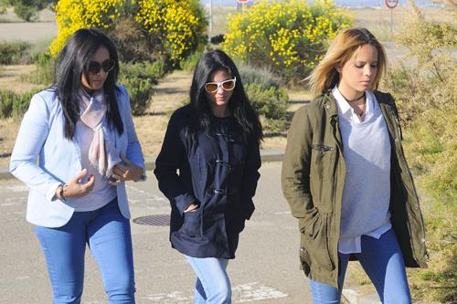 Gloria Ortega y Ana Mª Aldón visitan a Ortega Cano en el octavo aniversario de la muerte de Rocío Jurado