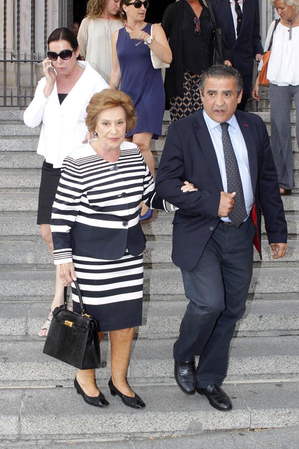 Carmen Franco y sus hijos, en el funeral por Andrés Martínez Bordiú