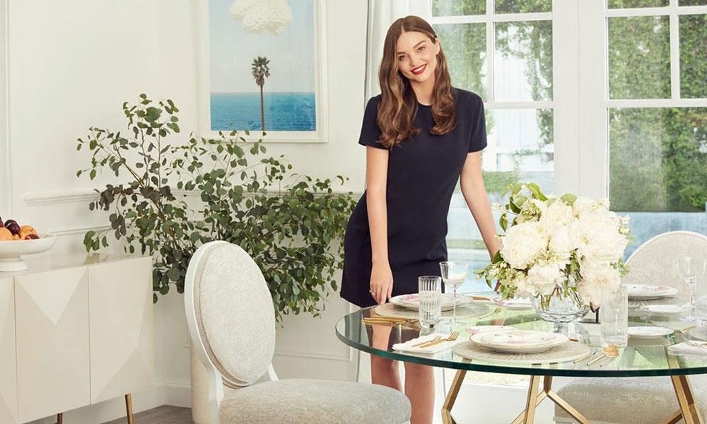 El baño de Miranda Kerr: sus 7 imprescindibles de cosmética orgánica