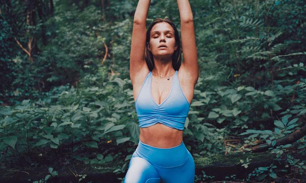 La nueva modalidad de yoga para combatir el estrés se llama Nidra y puedes practicarla en casa
