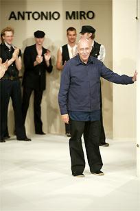 Miró retorna a París con prendas inspiradas en los años 30