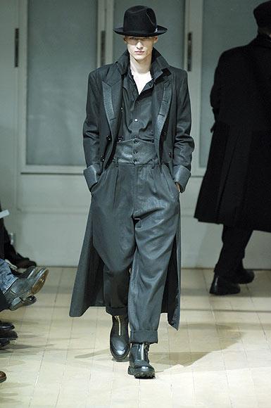 Pantalones anchos: la tendencia más comoda