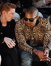 Givenchy 'viste' de metal y oro el nuevo disco de Kanye West