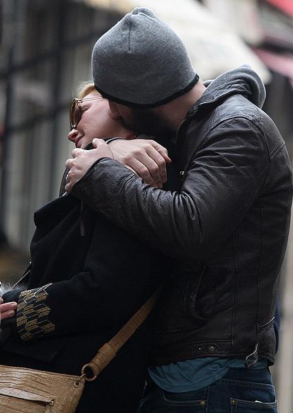 Katherine Heigl es la protagonista del beso del año