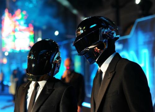 Daft Punk se unen al proyecto musical de Saint Laurent