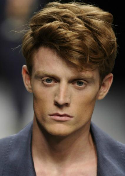 Quince peinados masculinos imprescindibles para el verano 2013 - Tendencias peinados hombre 2015 ...