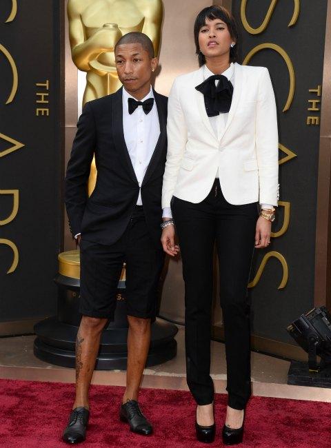 ¿Es el esmoquin con pantalón corto una tendencia de moda?