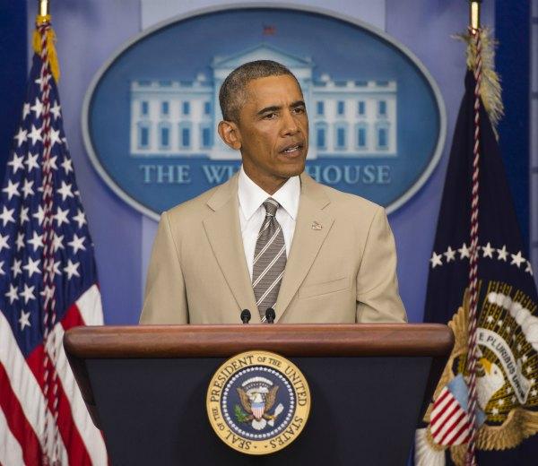 Diez maneras de llevar un traje de color claro