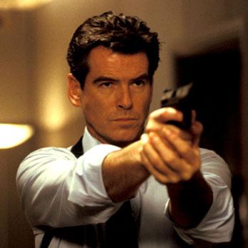 James Bond cumple 50 años más atractivo que nunca