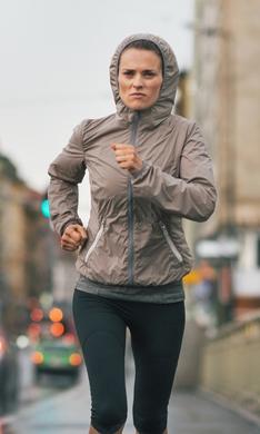 Imprescindibles para correr bajo la lluvia