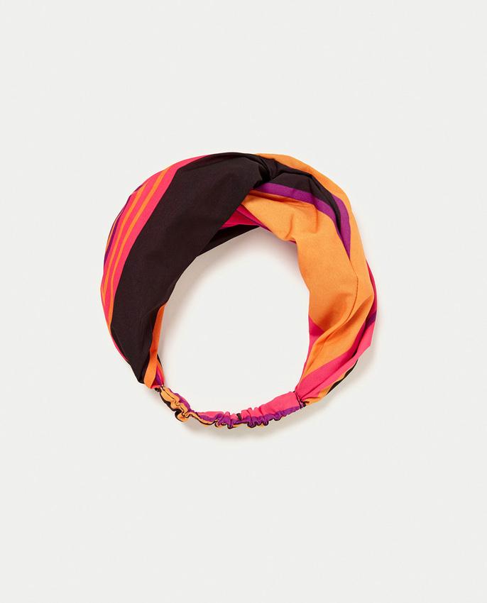 Diademas turbante de Zara. El mejor complemento para la