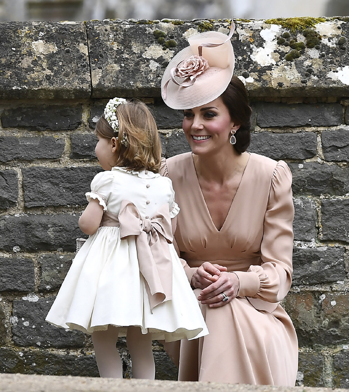 Matrimonio Kate Middleton : La elegancia de duquesa cambridge en boda su