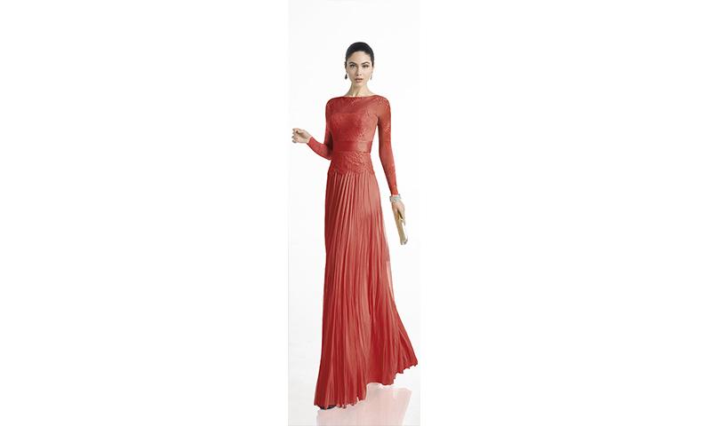 Color y más color: Así son los vestidos de fiesta de Rosa Clará para esta temporada