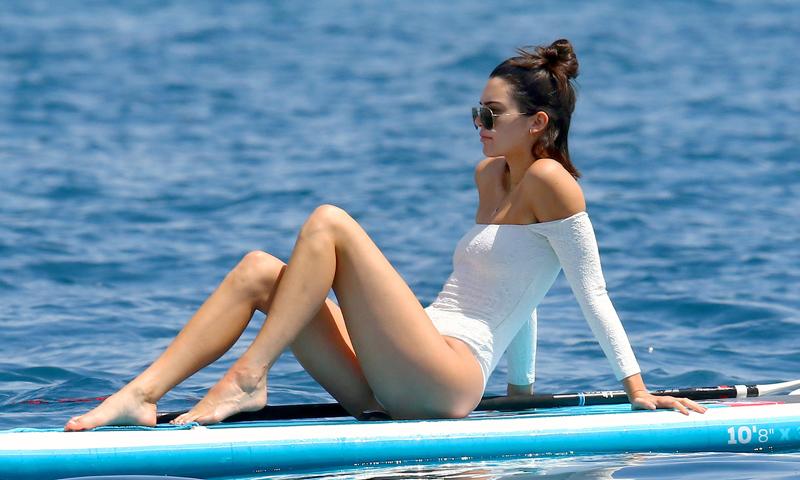 Kendall Jenner te demuestra por qué apostar por un bañador esta temporada es 'sexy'