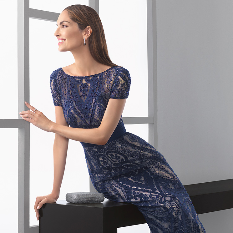 430f1154a Desprende belleza y feminidad con la colección  Elegance  de Rosa Clará