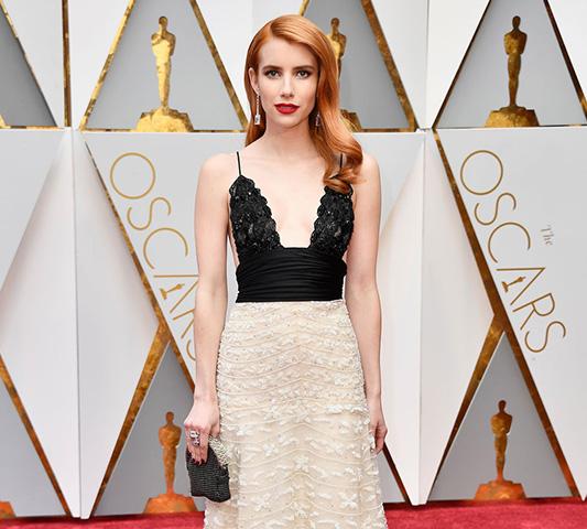 Los sorprendentes looks de Emma Roberts en la alfombra roja