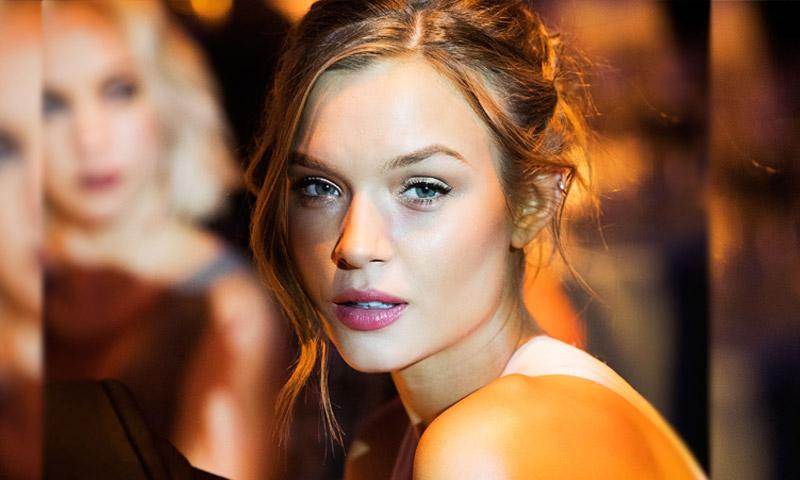 Conociendo a Josephine Skriver, el ángel más comprometido de Victoria's Secret