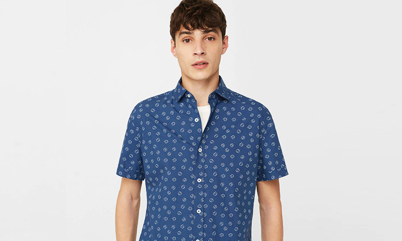 Atrévete con uno de estos estampados de la colección de camisas de 'Mango Man'