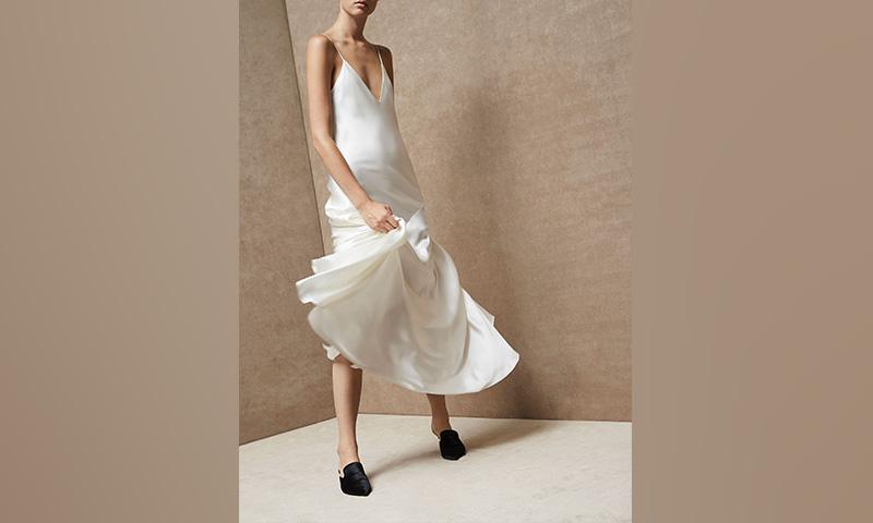 La nueva colección de vestidos de Massimo Dutti anuncia una 'rentrée' llena de estilo