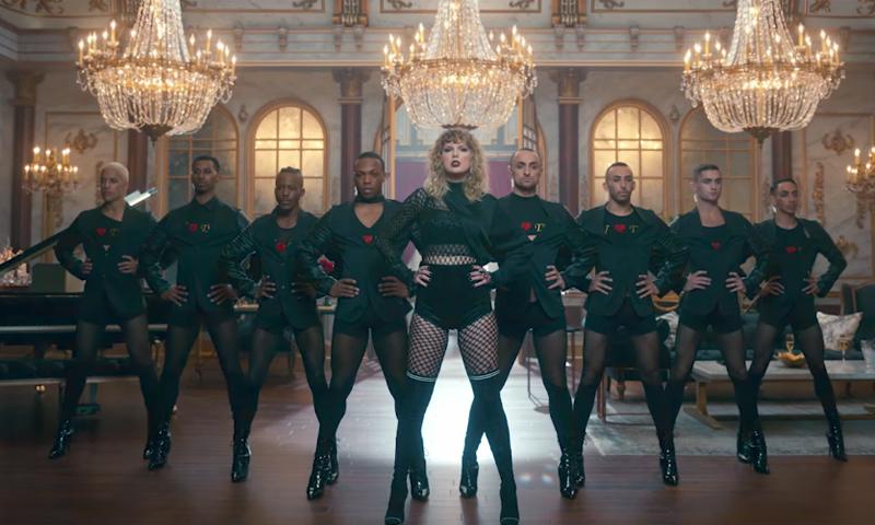 Diez diseños que confirman lo que Taylor Swift nos adelantó: Las botas altas son tendencia