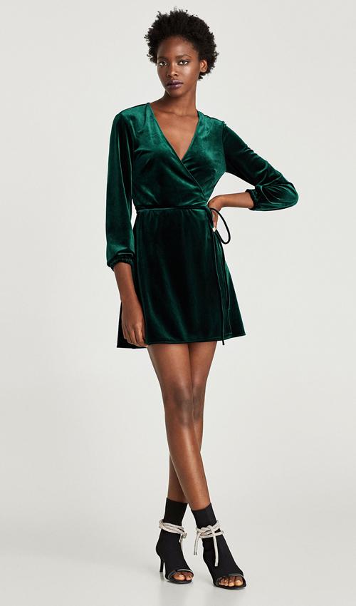 Vestidos zara de terciopelo para 39 looks 39 de oto o c lidos for Moda de otono 2017