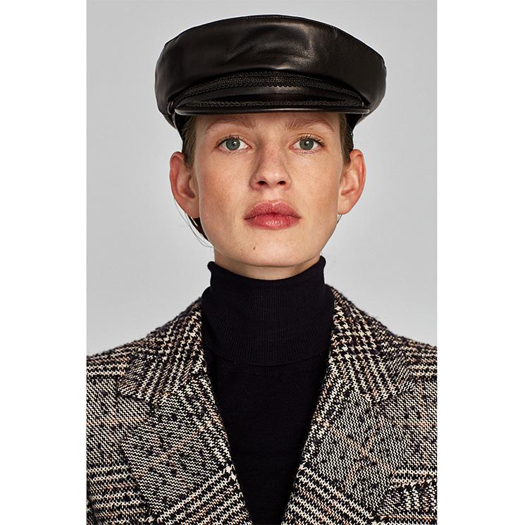 El accesorio perfecto para la cabeza está en Zara  Gorras y sombreros para  un   898188d77f2