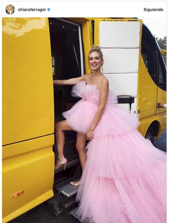 Bella Thorne y Chiara Ferragni, dos mujeres y un vestido - Foto 1