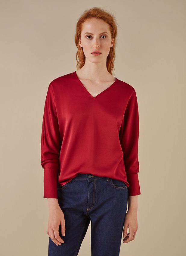 Seda y 39 crinkle 39 los tejidos que querr s para tus camisas for Adolfo dominguez trabajo