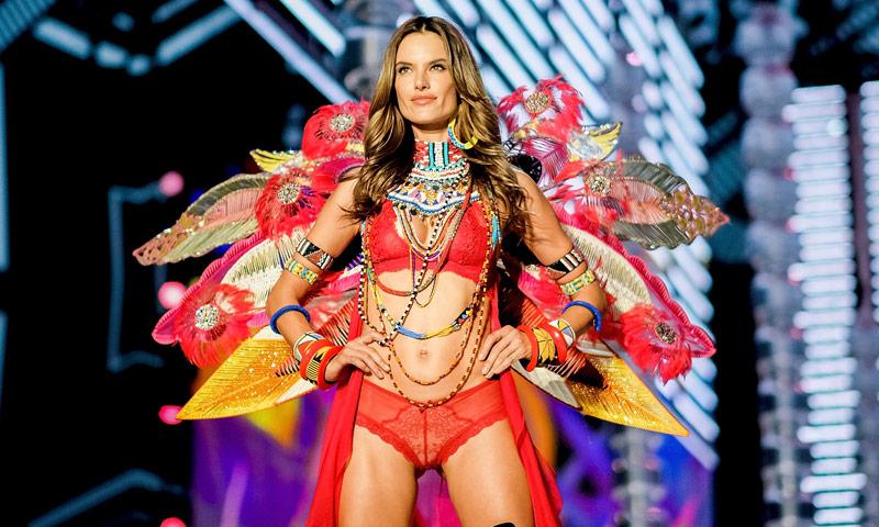 Los 8 momentos virales del 'show' de Victoria's Secret que recordaremos