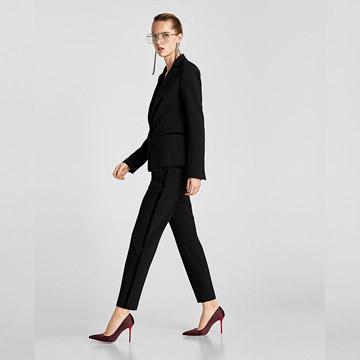89277df17 Zara conseguirá que vuelvas a querer un traje de chaqueta y pantalón - Foto