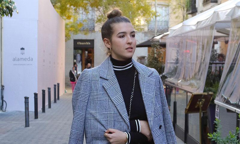 Alba Díaz emula a su madre, Vicky Martín Berrocal, con un llamativo 'look'
