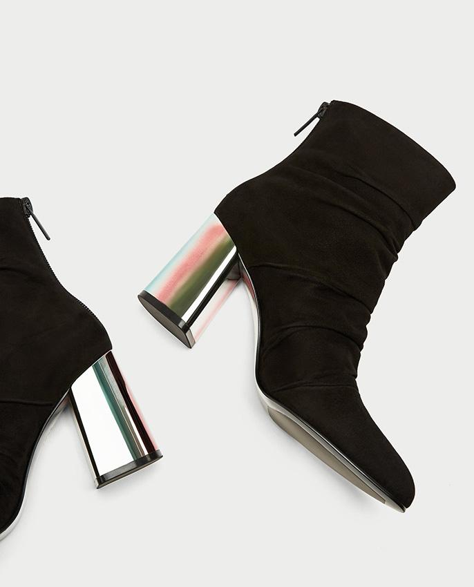 ad61420860b Zara  los zapatos (en rebajas) para arrancar 2018 pisando fuerte - Foto