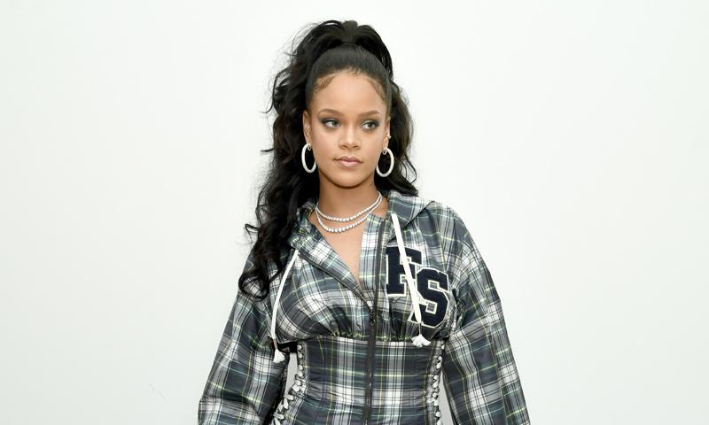 Culottes, 'palazzo', campana... Rihanna te hará olvidar definitivamente los pitillos