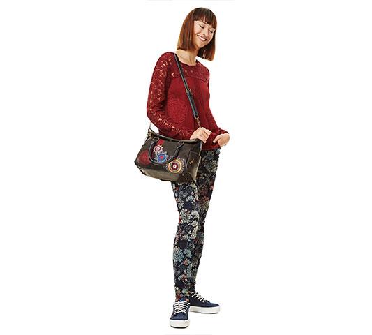 Más que un complemento: bolsos de Desigual para un 'look chulo'